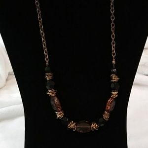 Jewelry - Costume Jewelry Brown and Tan beaded necklace.